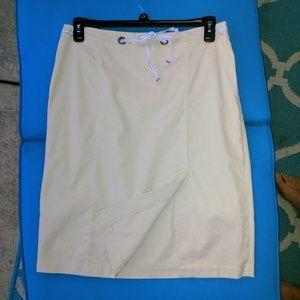 Tommy Hilfiger Size 10 Tan Skirt!